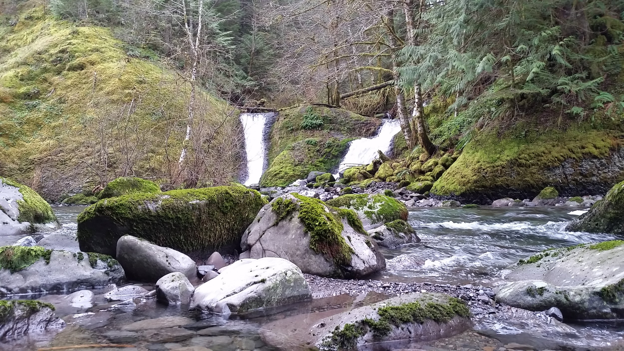 two waterfalls on Eagle Creek Trail