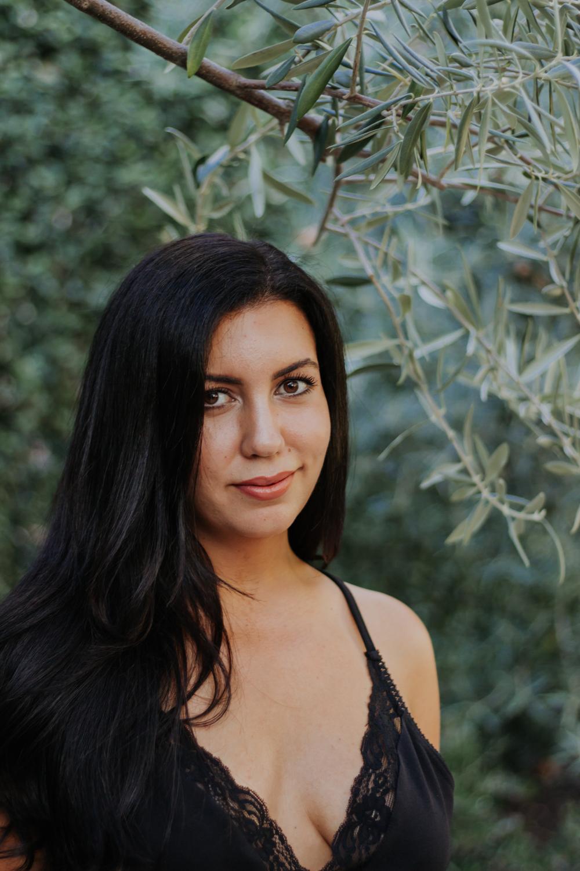 olive portraits-3.jpg