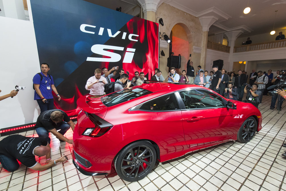 Honda_Civic_Si_Prototype_09.jpg