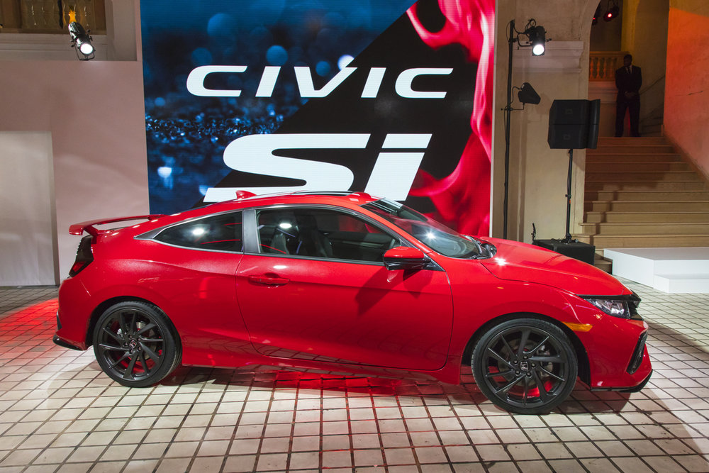 Honda_Civic_Si_Prototype_06.jpg