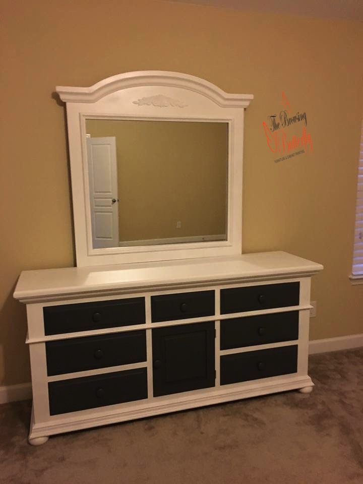 Corrin DeVito Carhart  reviewed  The Browsing Butterfly  —  5 star    December 13, 2016  ·   Sue is wonderful to work with! I absolutely love how she completely transformed by bedroom set. Such an amazing job - thank you!!
