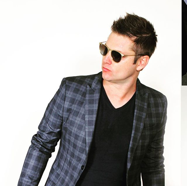 Most guys who wear blazers over v-necks are assholes, but I say go for it once in a while. #fashion