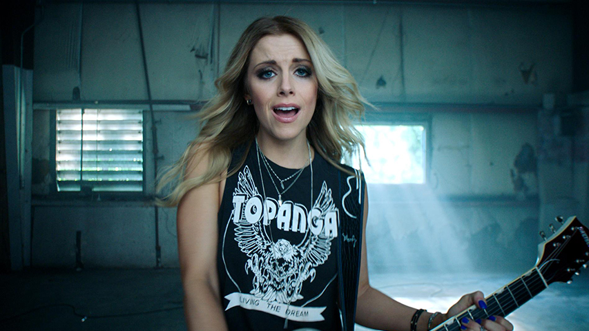 Lindsay Ell 'Waiting on You'