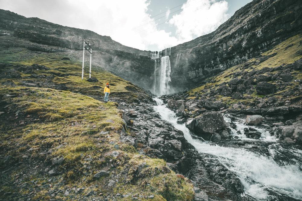 fossurin í fossá waterfall—the second highest
