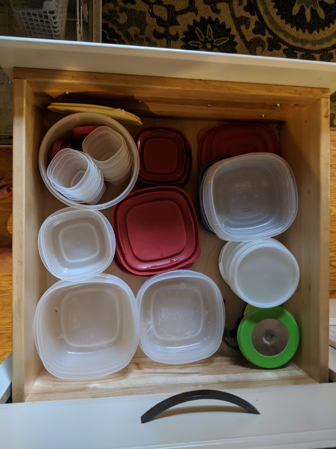 Photo: This September, I organized my Tupperware drawer. It was so satisfying!