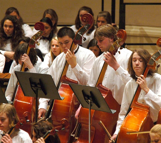 East Hampton high school students performing at Carnegie Hall
