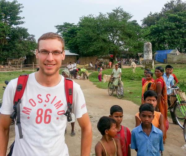 madargarch-nepal-visitor-male-20130926.jpg