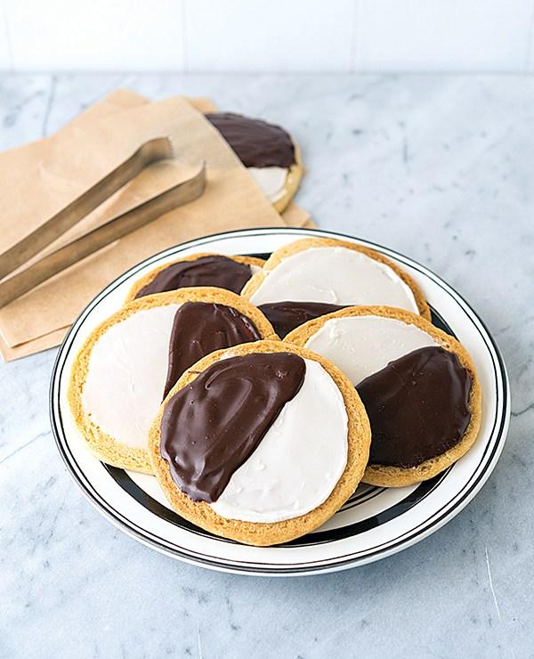 Black-and-White-Cookies.vegan.mos,jpg.jpg