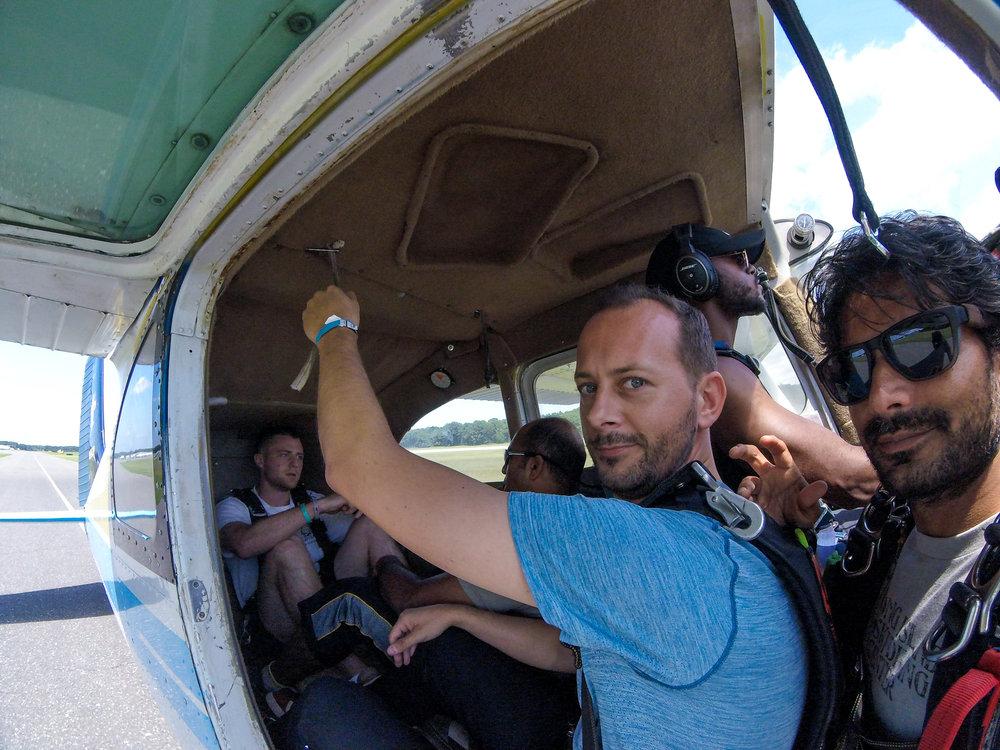 Austin - Skydiving-25.jpg