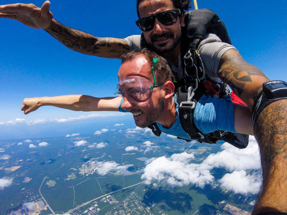 Austin - Skydiving-15.jpg