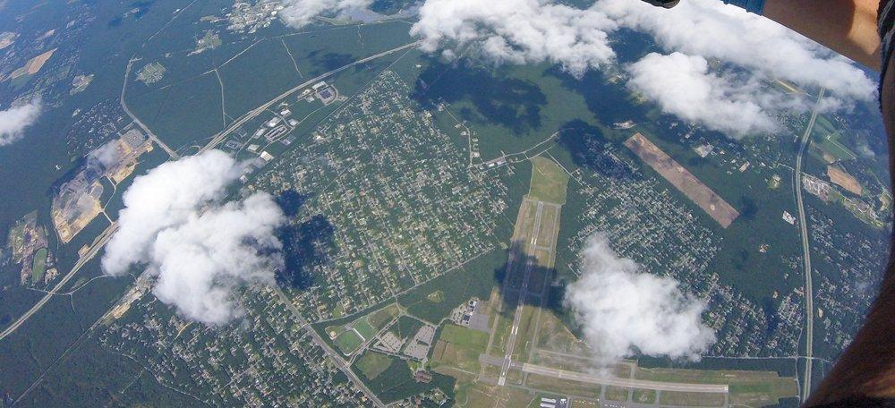 Austin - Skydiving-16.jpg