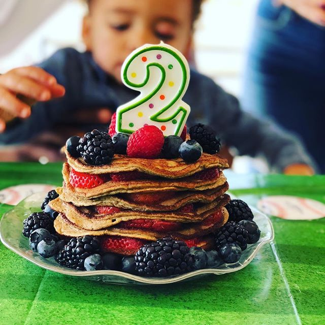 "Even with all of the healthy cake options; you can still stay true to you and go with a ""out of the norm"" cake!  Organic banana, Organic egg, Organic Nut Butter and Organic Cinnamon Pancake CAKE...topped with Organic Fruit :):) Happy Birthday @lenoxxgreyphillips"