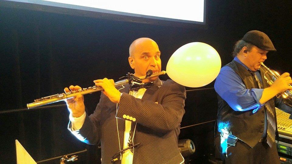 Balloon Flute.jpg