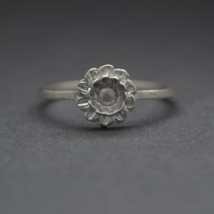 lotus ring.JPG