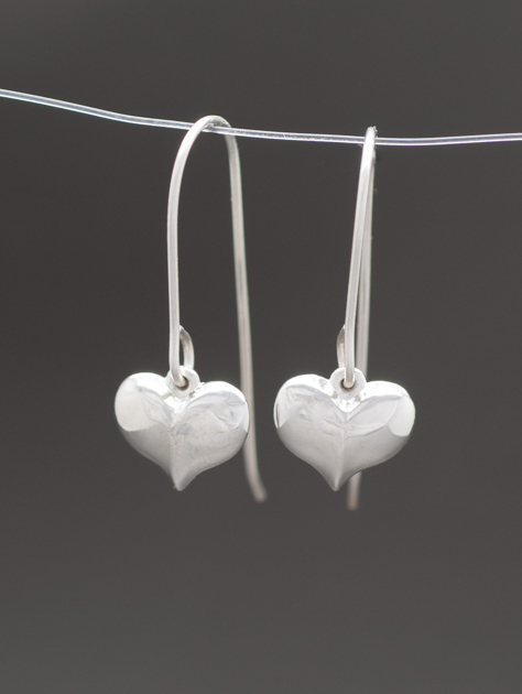 heart dangle earrings.JPG