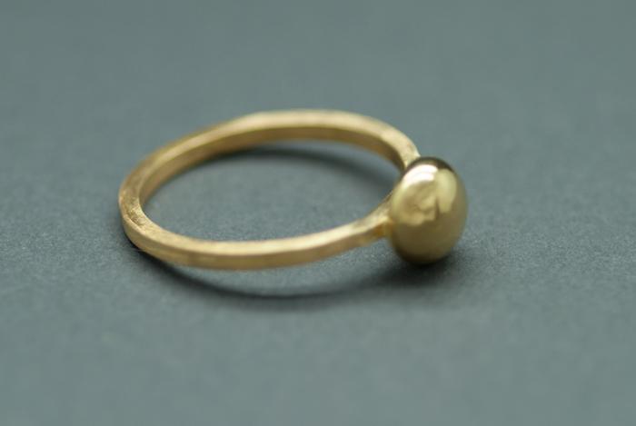 22k stone ring side.JPG