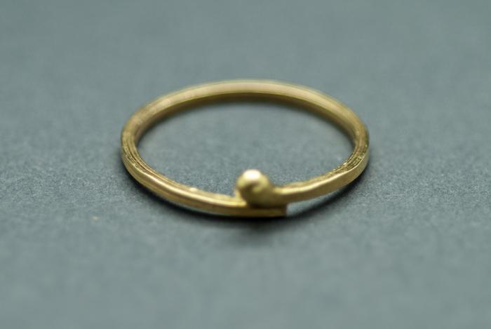 22k pebble ring.JPG