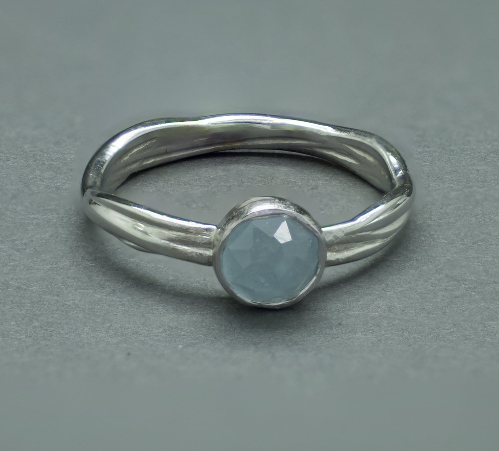 vine ring 14kW aquamarine FS.jpg