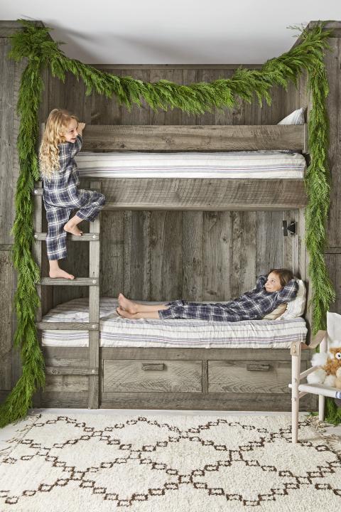 mountain-magic-bunk-beds-1217.png