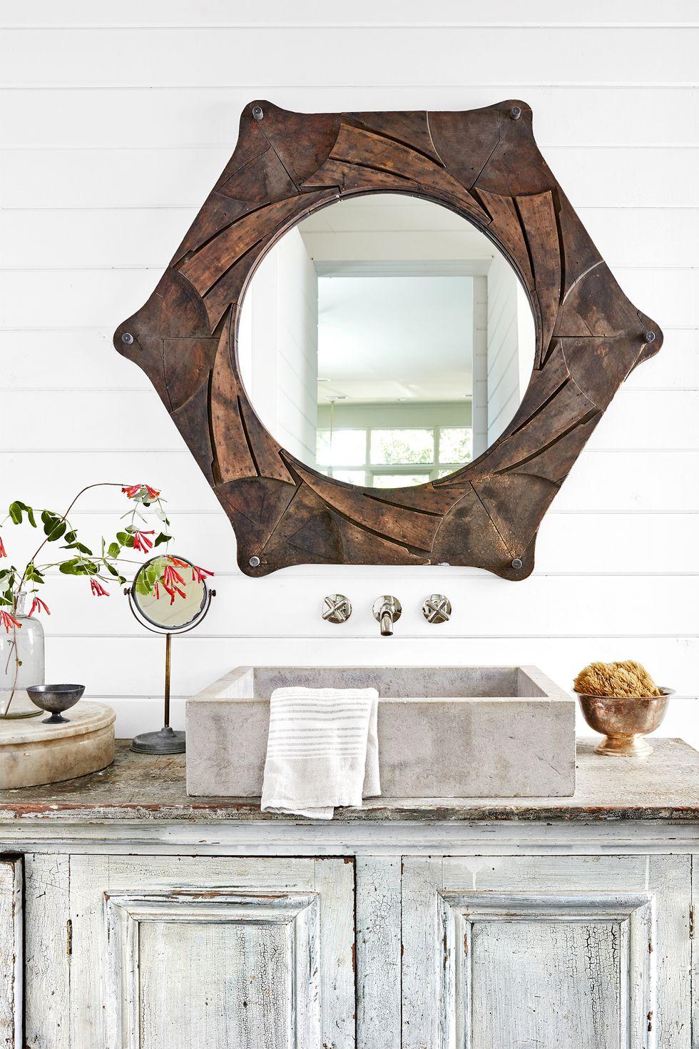 lofty-intentions-bathroom-1018-1542138244.jpg