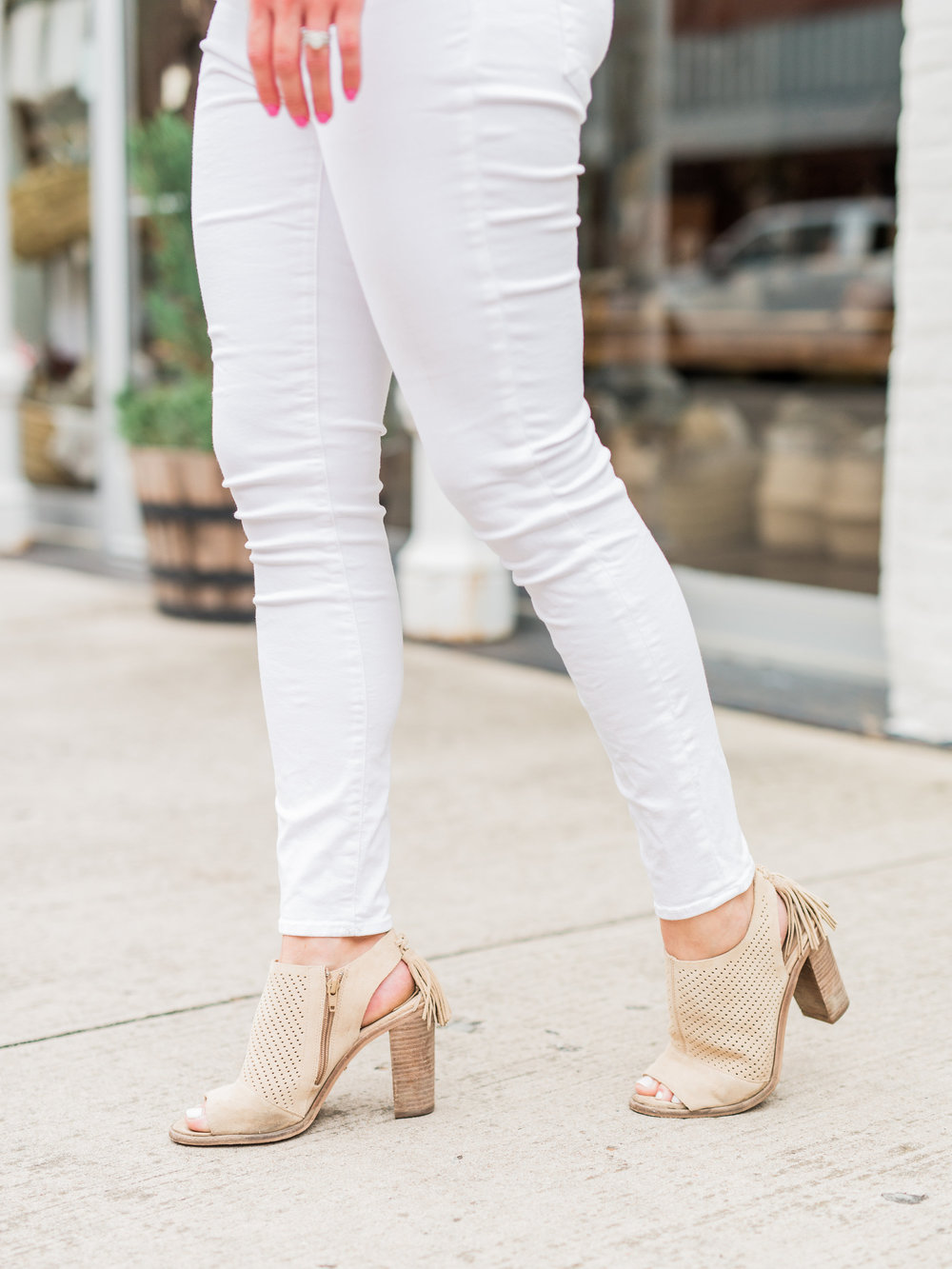 Summer Looks, White Jeans, Chunky Heels
