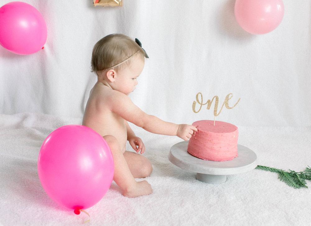 Momtog, Photographer, Birthday Baby, First Birthday