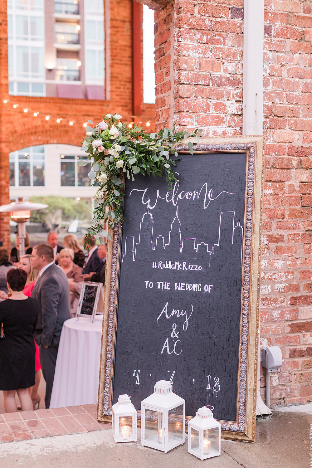 So many neat NYC touches to this Greenville wedding!