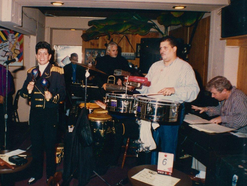 Sinigual 1998