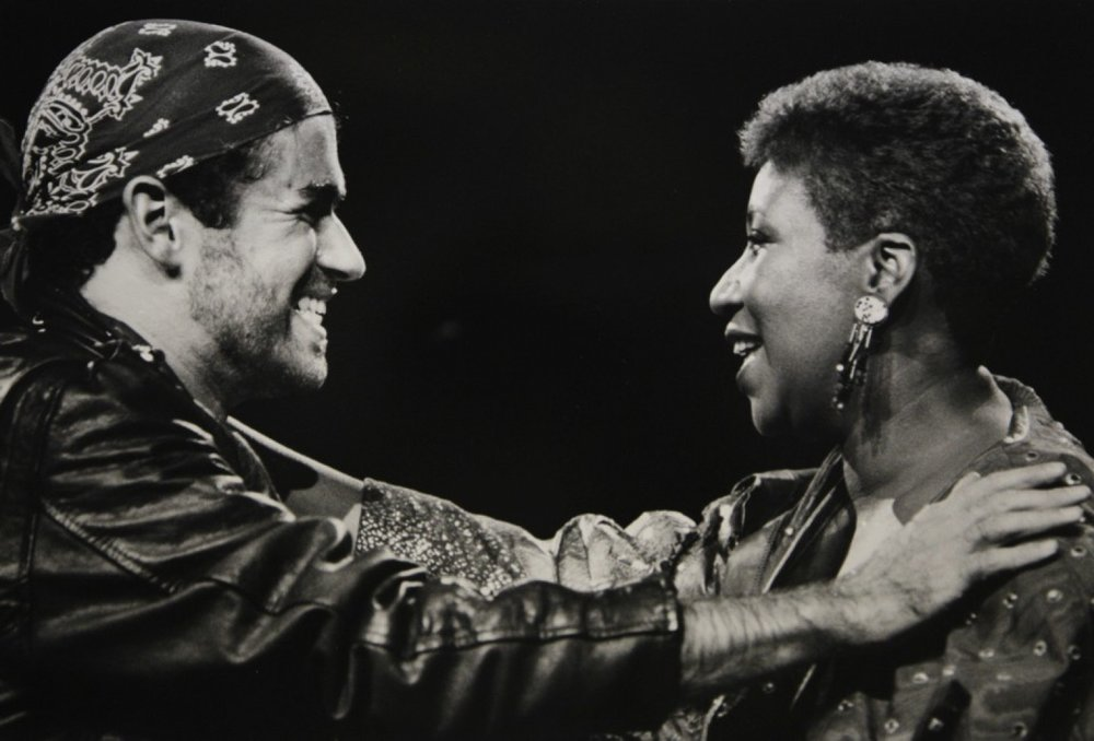 "Geroge Michael, left, and Aretha Franklin perform during Michael's ""Faith"" tour in Auburn Hills, Mich. on Aug. 30, 1988."