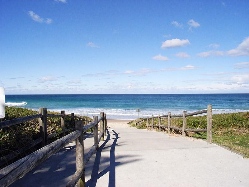 path-beach.jpg