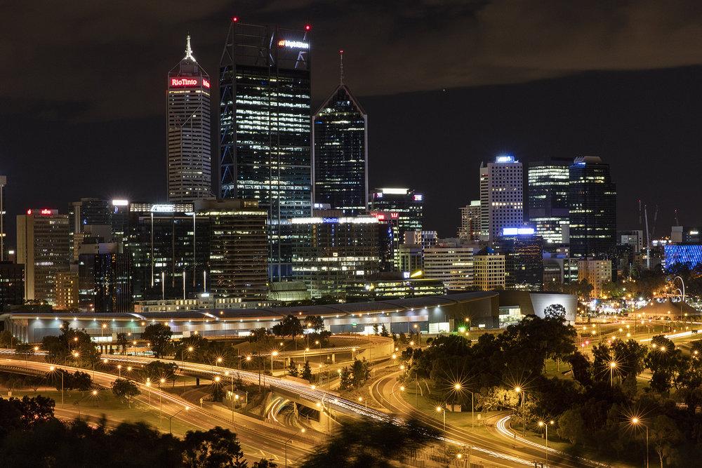 Perth_skyline_from_Kings_Park.jpg