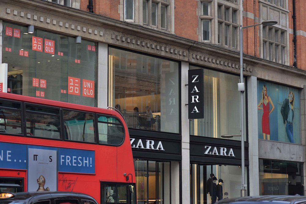 Zara, Kensington High Street, London, U.K. Image©thingstodot.com