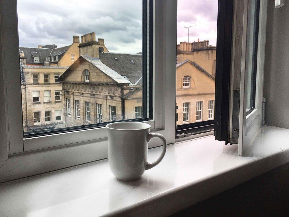 Ibis Edinburgh Centre,Royal Mile, Edinburgh, Scotland. Image©thingstodot.com