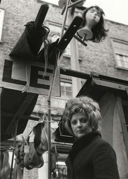 Petticoat Lane, Sunday morning market, with stall-holder©Dorothy Bohm