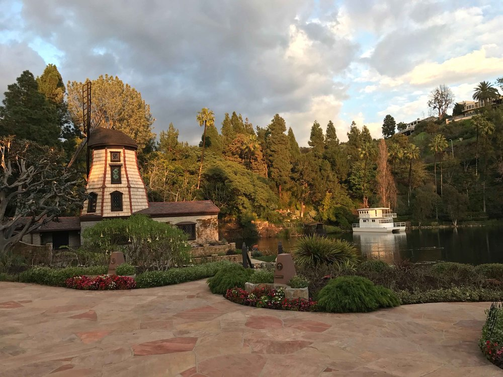 SRF Lake Shrine gardens, Pacific Palisades, CA. Image©thingstodot.com