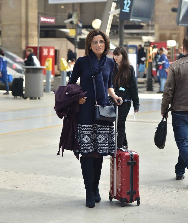 Arriving with the Eurostar, Paris Gare du Nord, Ralph Lauren dress, Marks & Spencer boots. Image©thingstodot.com