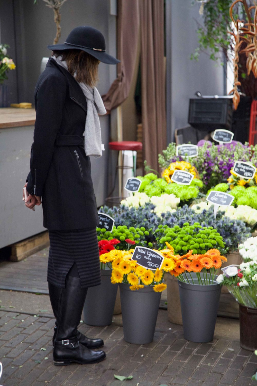 Flower Market, Amsterdam. Photo: Fabio Ricci. Image©thingstodot.com