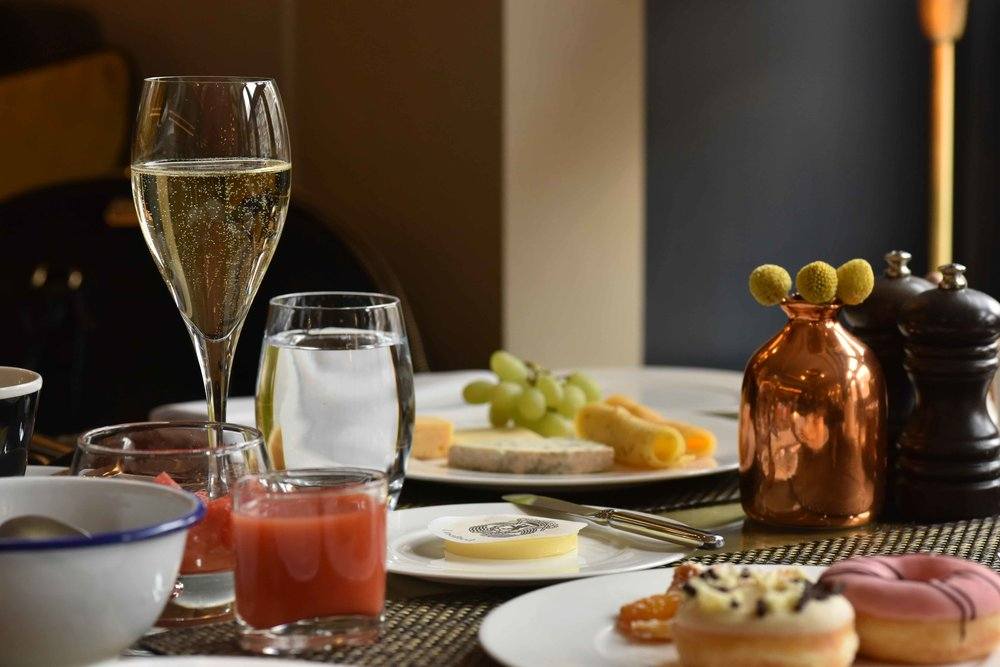Royal breakfast at Bridges, the Michelin Star restaurant at Sofitel Legend Amsterdam The Grand. Image©thingstodot.com