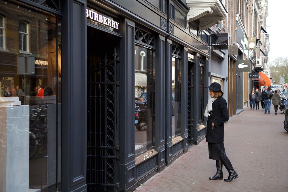 Burberry, P.C. Hooftstraat, Amsterdam. Photo: Fabio Ricci. Image: thingstodot.com