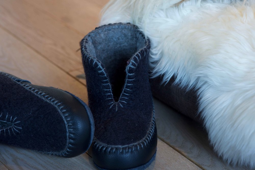 Warm house slippers, Lyngen Lodge, Arctic Circle, Norway. Image@thingstodot.com