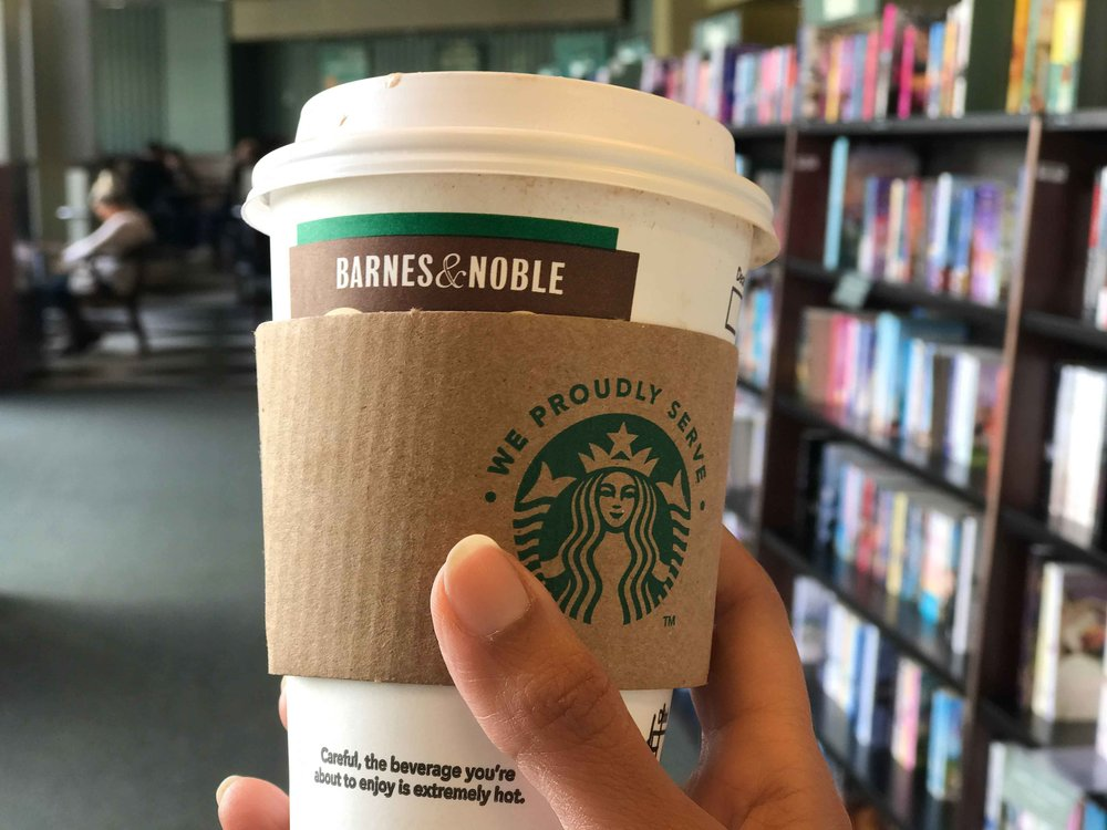 Starbucks coffee, Barns & Noble, The Grove, Los Angeles. Image©thingstodot.com