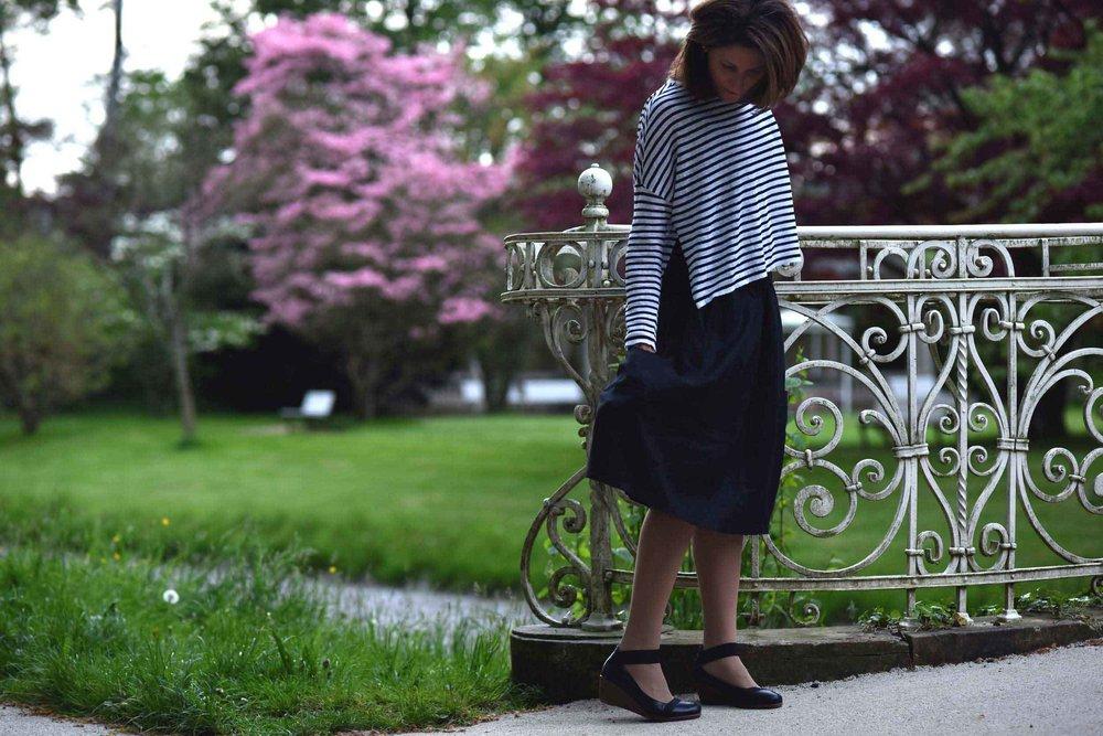 Eileen Fisher linen skirt, Eileen Fisher box-top, Baden Baden, Germany. Image©thingstodot.com