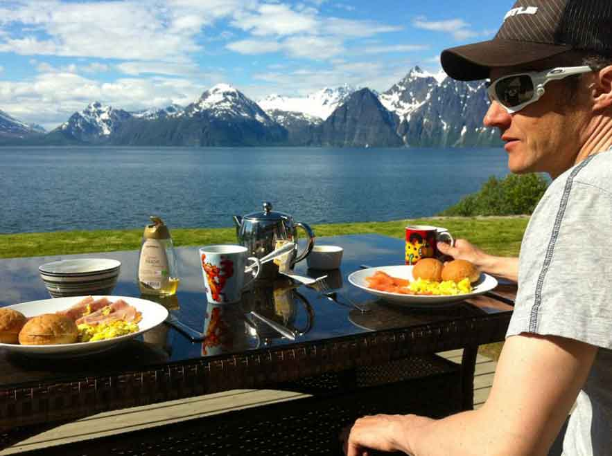 Sunday brunch,Graham Austick, Lyngen Lodge, Norway. Image©thingstodot.com