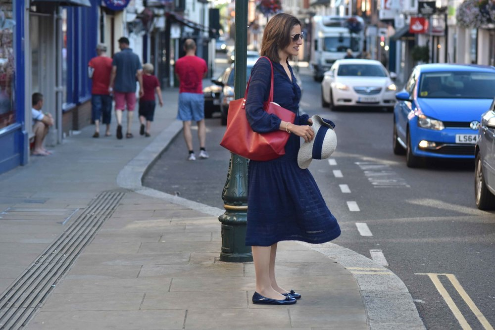 Karen Millen lace dress, Chloe tote, Prada ballet flats, Henley-on-Thames, UK. Image©thingstodot.com
