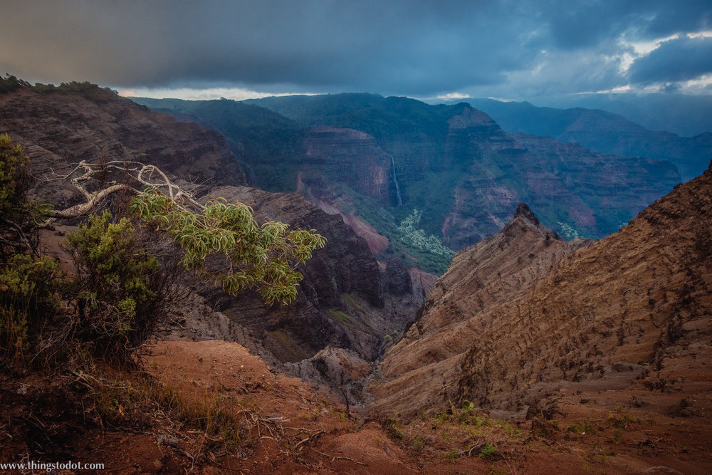 Waimea Canyon Lookout, Kauai, Hawaii. Photo: Patrick Kelley (www.pk-worldwide.com). Image©www.thingstodot.com