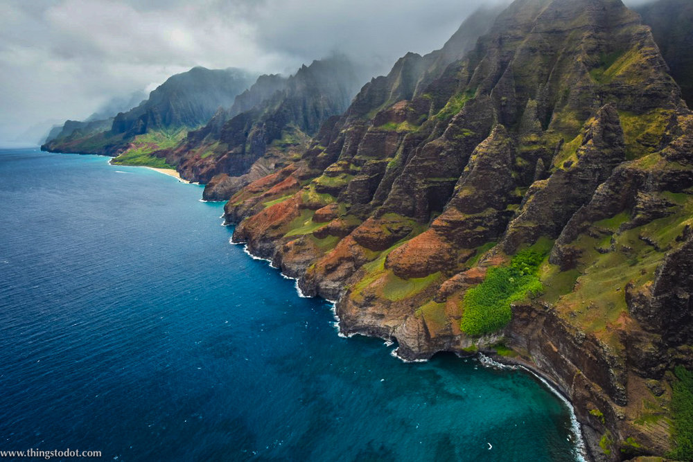 Na Pali Coast, Kauai, Hawaii. Image©www.thingstodot.com