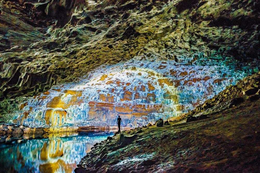 Lave tube caves, Na Pali Coast, Kauai, Hawaii. Photo: Mallory Roe,www.malloryroephoto.com. Image©Mallory Roe.