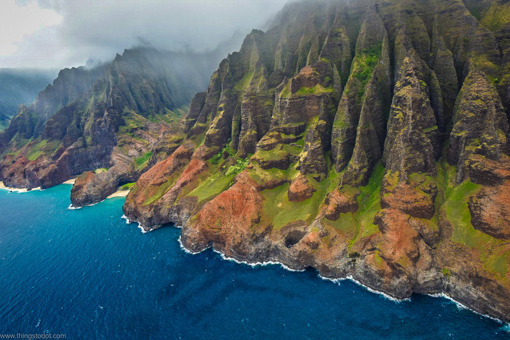 Na Pali Coast, Kauai, Hawaii, aerial view, Jack Harter Doors Off Helicopter Tour. Photo: Gunjan Virk. Image©www.thingstodot.com
