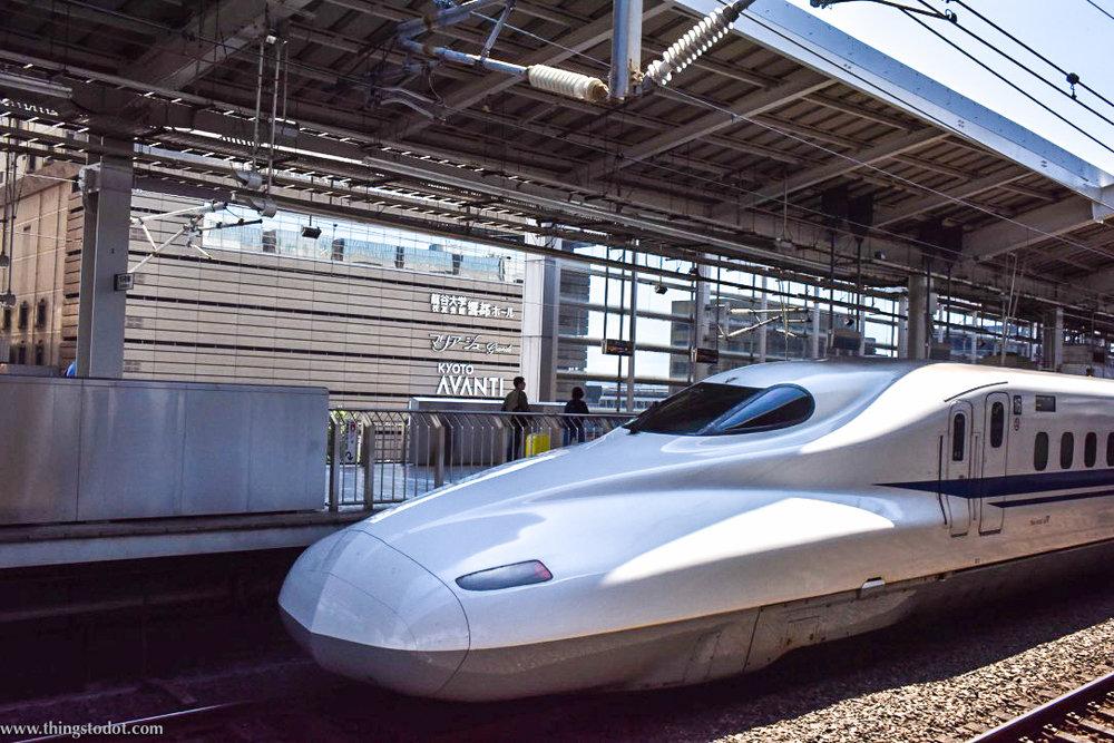 Nozomi Shinkansen, Kyoto to Tokyo, Japan rail travel. Image©www.thingstodot.com