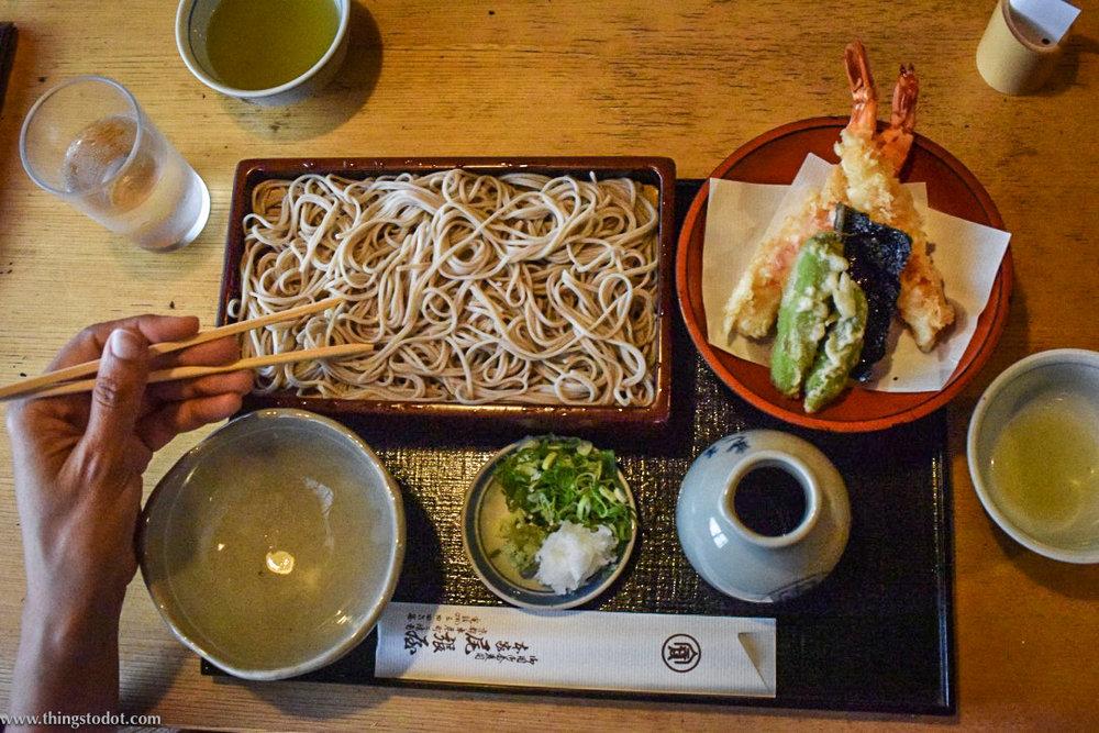 Tenseiro,tempura with cold soba noodles,Honke Owariya, soba restaurant, Kyoto, Japan. Image©www.thingstodot.com.